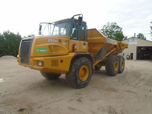 Deere 250D 25-Ton Rock Truck
