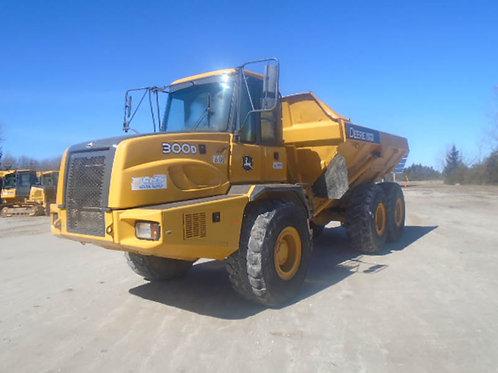 Deere 300D 30 Ton Rock Truck