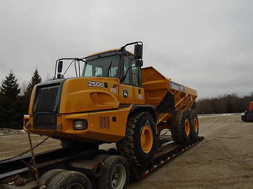 Deere 250D 25 Ton Rock Truck