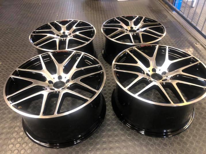 """22"""" Mercedes ML63 wheels full refurbished"""