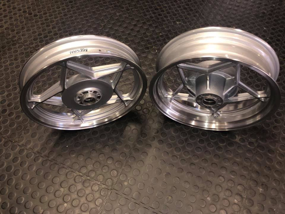 """Suzuki Katana rims - front wheel had a hub conversion done to a 17"""" - back wheel widened to fit a 160 tyre - wheels done in a diamond cut on the dish and spokes"""