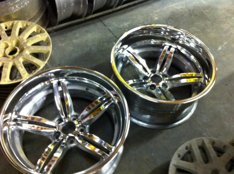 """19""""_BMW_M5_wheels_stepped_to_20""""_and_wid"""