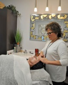 Sharon Kennedy, Your Fabulous Face Aesthetics, O'Fallon, IL