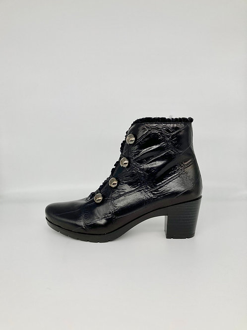 Jose Saenz Black Boot. JS006
