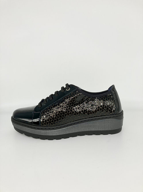 Notton Patent Lace Up. N006