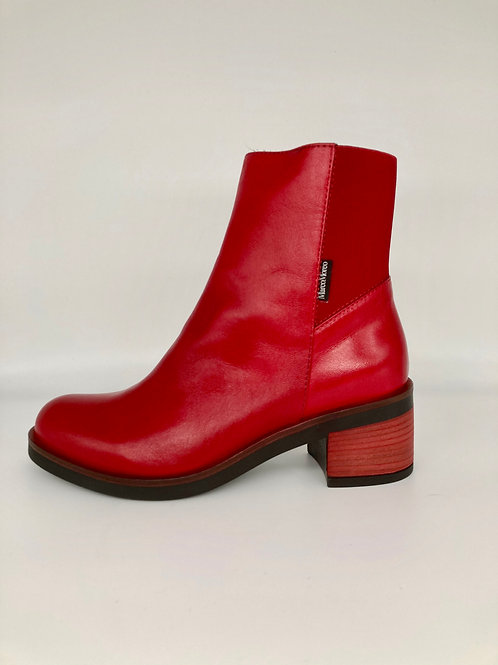 Marco Moreo Red Boots. M005