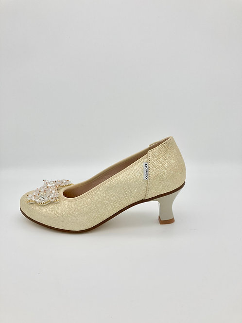 Marco Moreo Gold Low Heel Court. M005D
