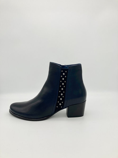 Regarde le Ciel Navy Block Heel Boot. R011