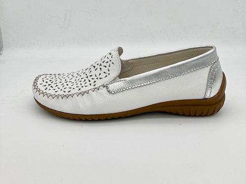 Gabor White Loafer. G013