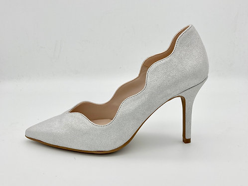 Marian Silver Scalloped Court. M001S