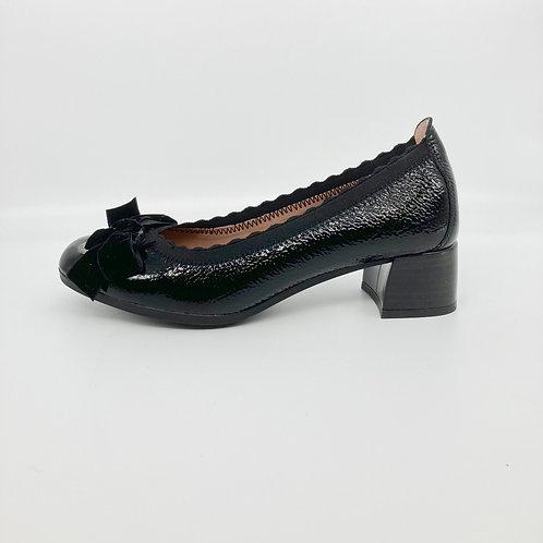 Hispanitas Black Patent Low Heel Court. H010
