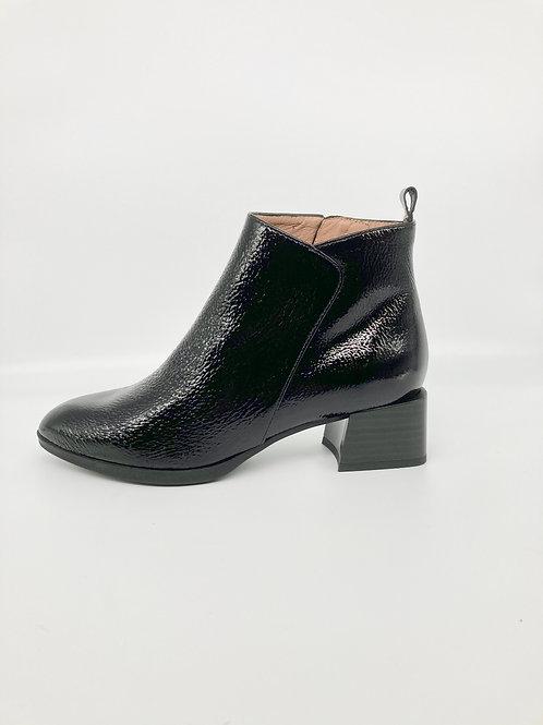 Hispanitas Black Patent Boot. H006