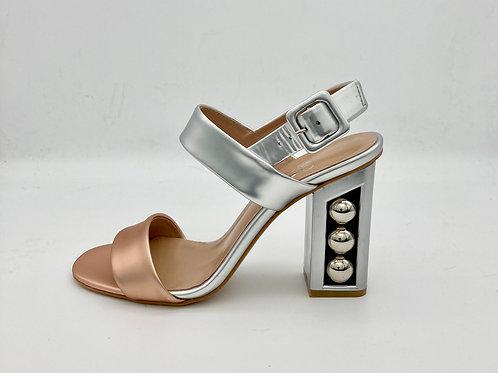 Moda in Pelle Metallic Sandal. M005