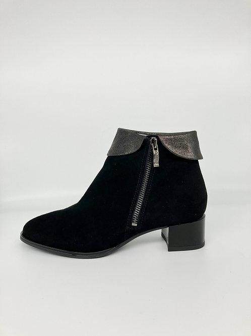 Ara Black Suede Boots with cuff. A008
