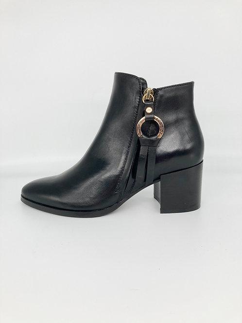 Regarde le Ciel Black Boot. RG007