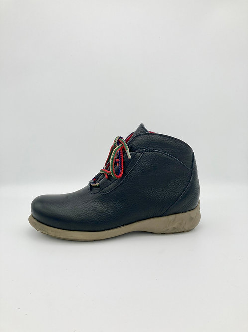 "Jose Saenz ""Rural"" Boot in Black. R001"