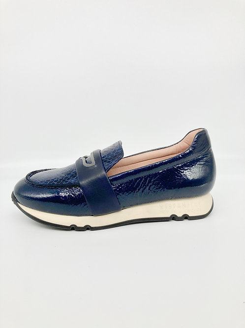 Hispanias Navy Loafer.H007