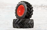 BBM Acc-Bar Lug Tires.png
