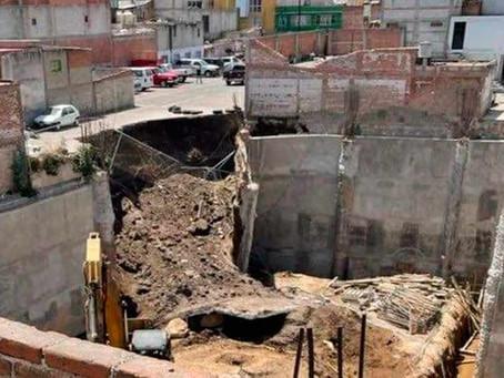 Mueren 3 albañiles tras colapso de obra en San Martín Texmelucan, Puebla