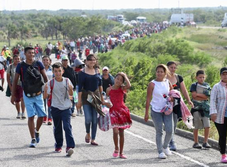 Hacienda bloquea cuentas ligadas a organización ilegal de caravanas migrantes