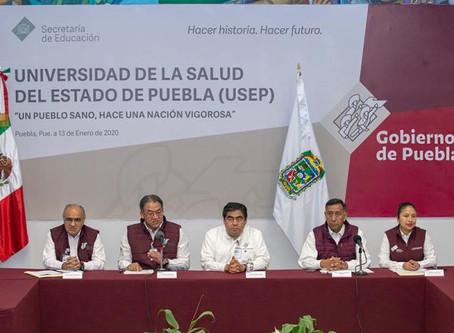 Presenta Barbosa Huerta La Universidad de la Salud de Puebla