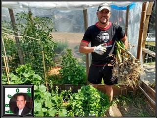 Canadá: Armandito, el cubano que reside en Canadá de campesino casero