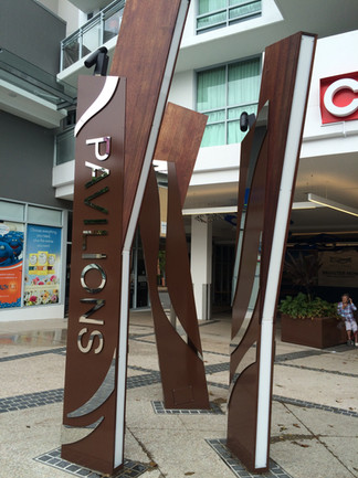 Feature Pylon with Mirror Stainless finish - Pavillions Shopping Centre