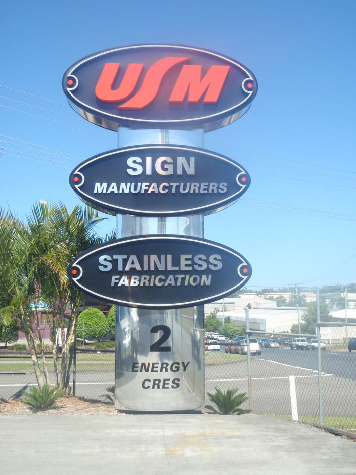 Place of Business Pylon Sign - USM Signs & Stainless