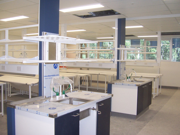 Stainless steel benches & shelving for university laboratory