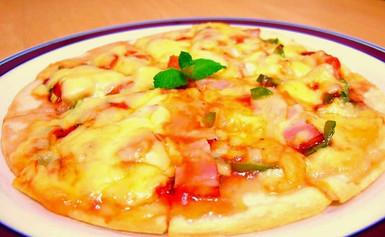 とろ~りジャム屋のピザ