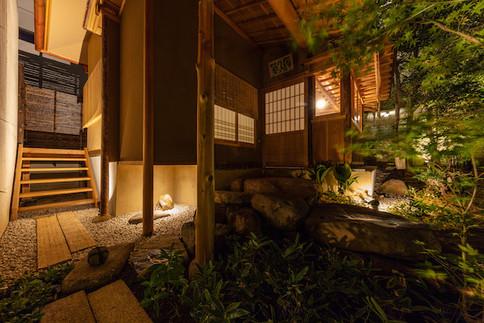 東京都港区の茶室「華久庵」の外観