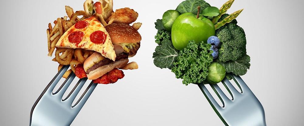 Comer comida con un alto nivel de caloría que son deliciosas o comer sano es un dilema por lo que pasa la mayoría