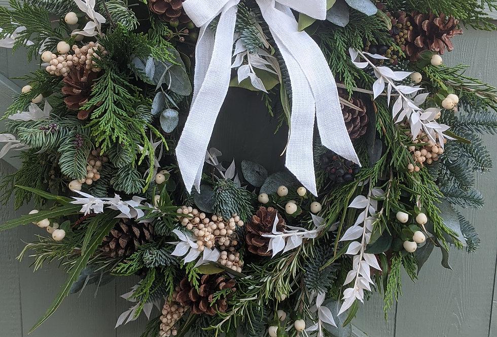 *White Christmas Wreath