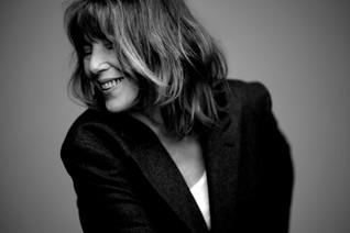 Jane Birkin est de retour après 12 ans d'absence. On aime.