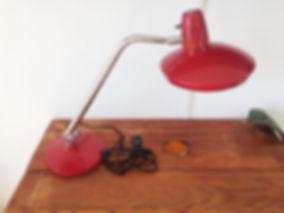Lampara escritorio roja Fase 0.jpg