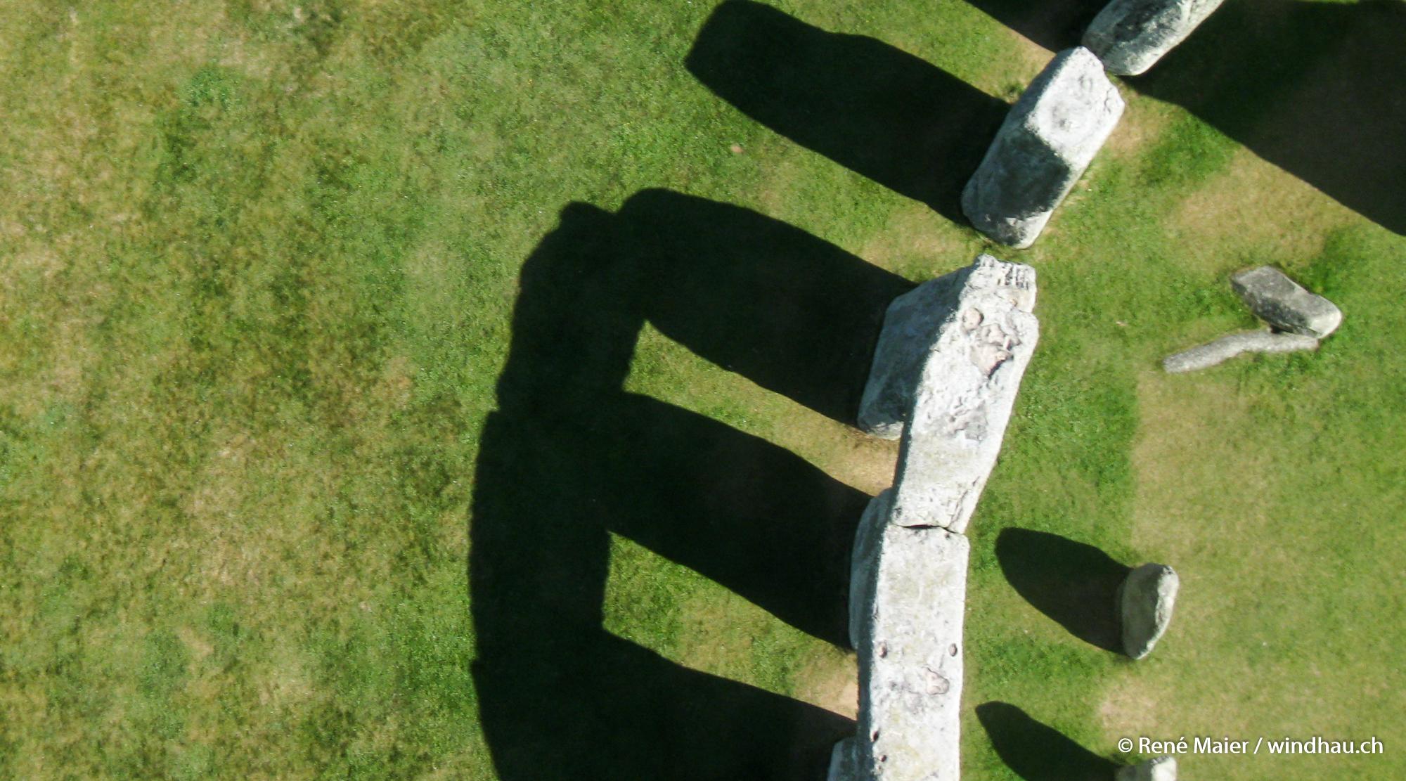 Stonehenge_2011_014