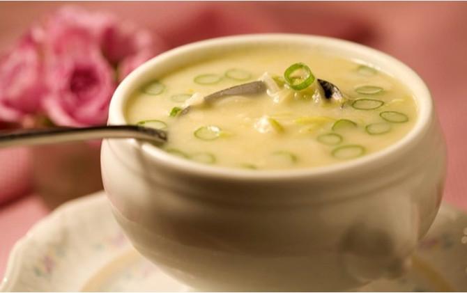Sopa de Inhame com Alho Poró