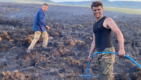 Gamekeepers act quickly to stop a wildfire on Peak District's Woodhead Moor