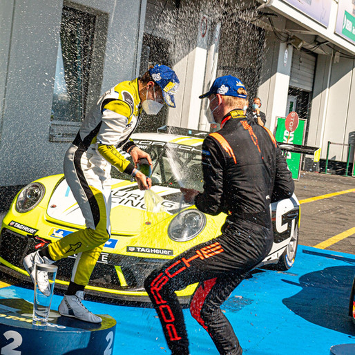 Schuring and Hartog in duel during home race