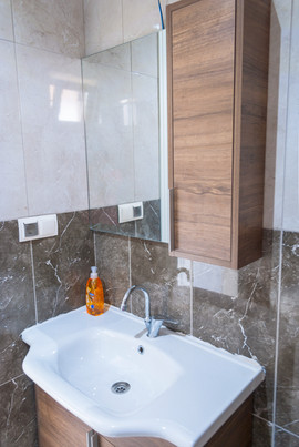 Her odada özel banyo ve wc bulunmaktadır