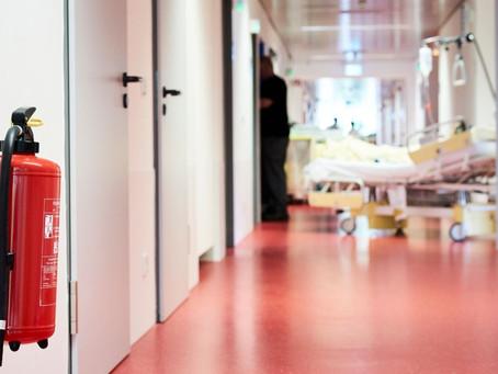 Seguridad privada e infraestructura crítica: prevención de incendios en hospitales