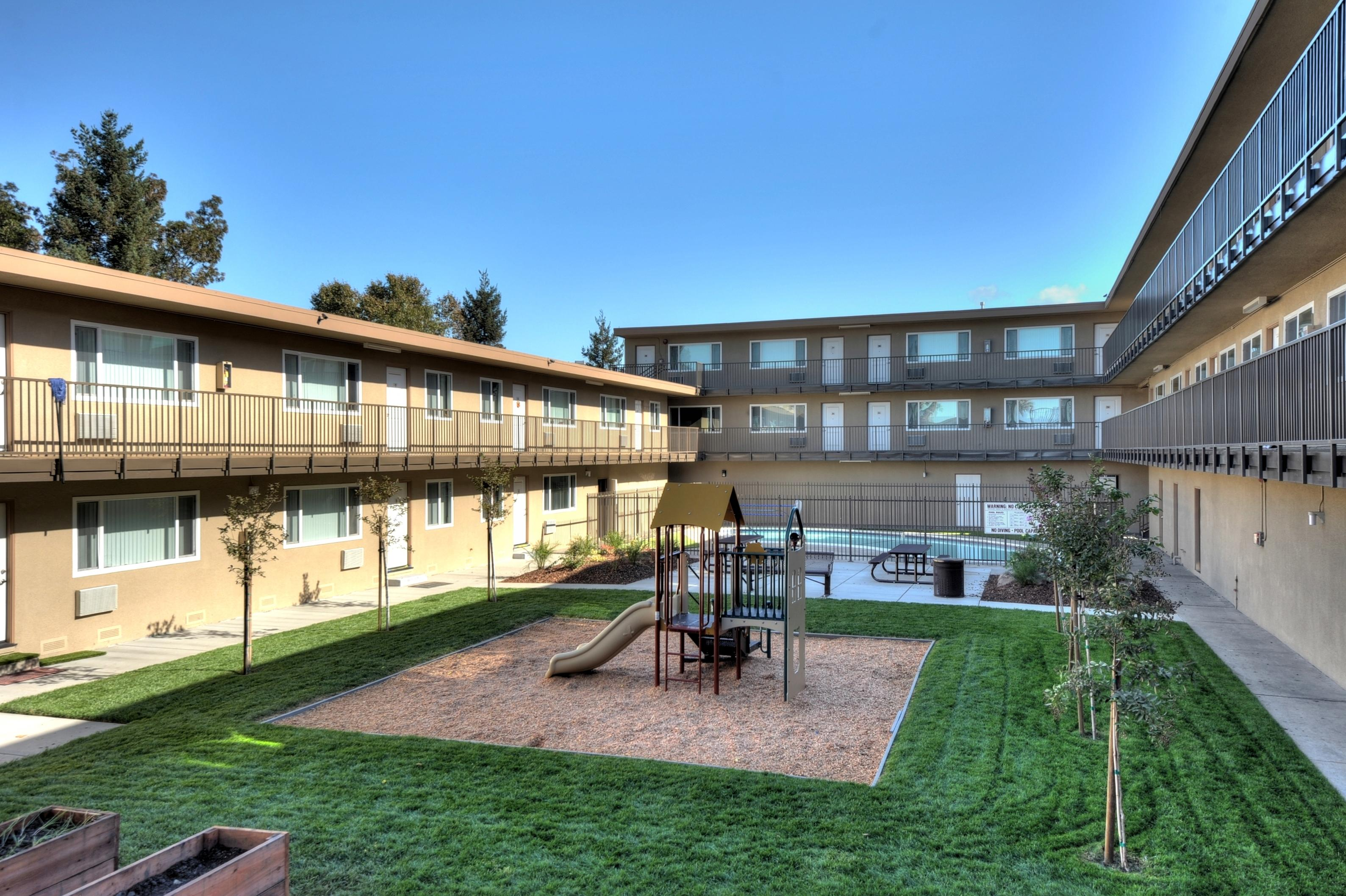 2738 Kollmar Dr San Jose CA-print-004-Apartment Center Court-1500x999-300dpi.jpg