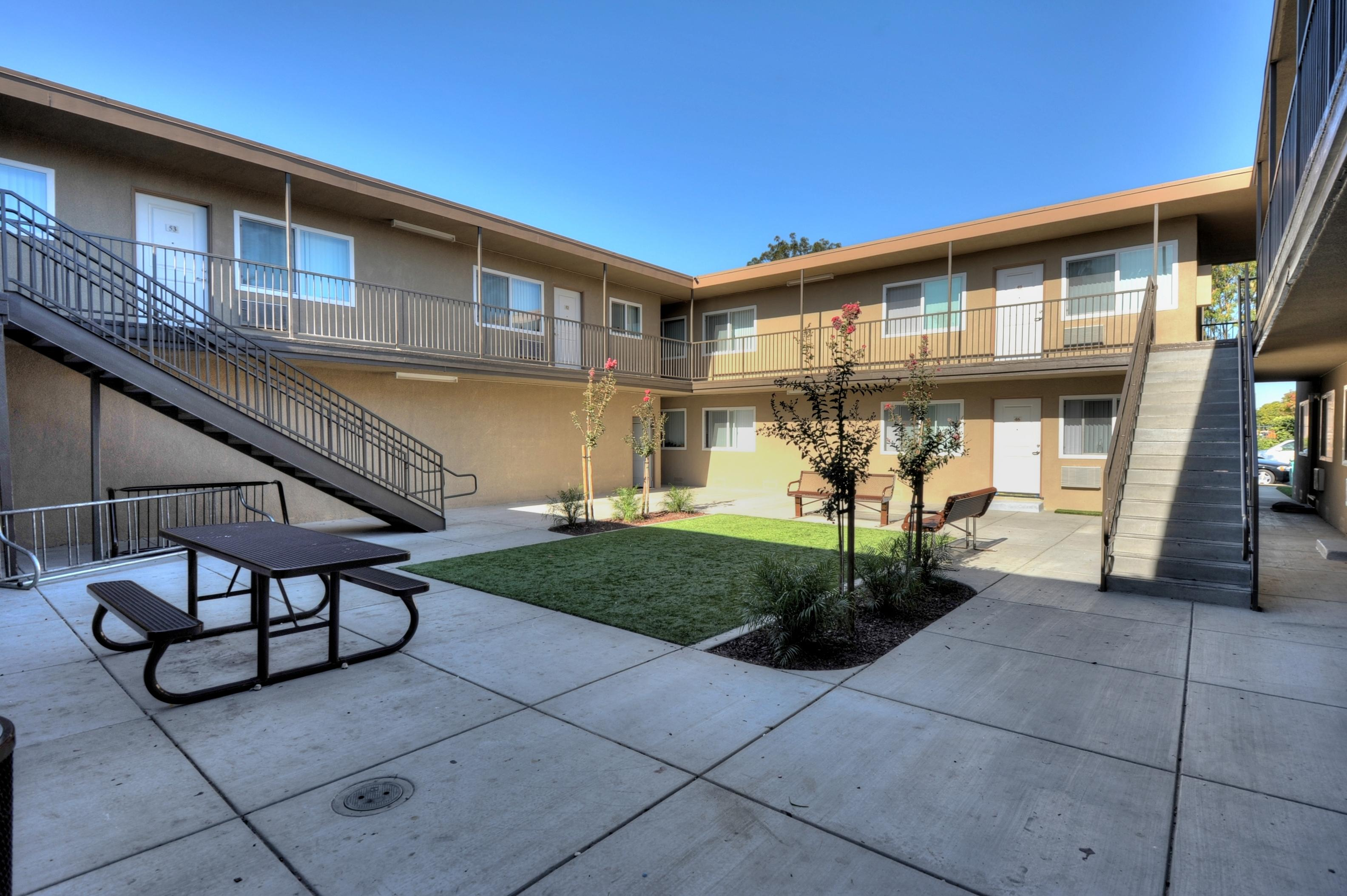 2738 Kollmar Dr San Jose CA-print-024-2nd Building Center Courtyard-1500x998-300