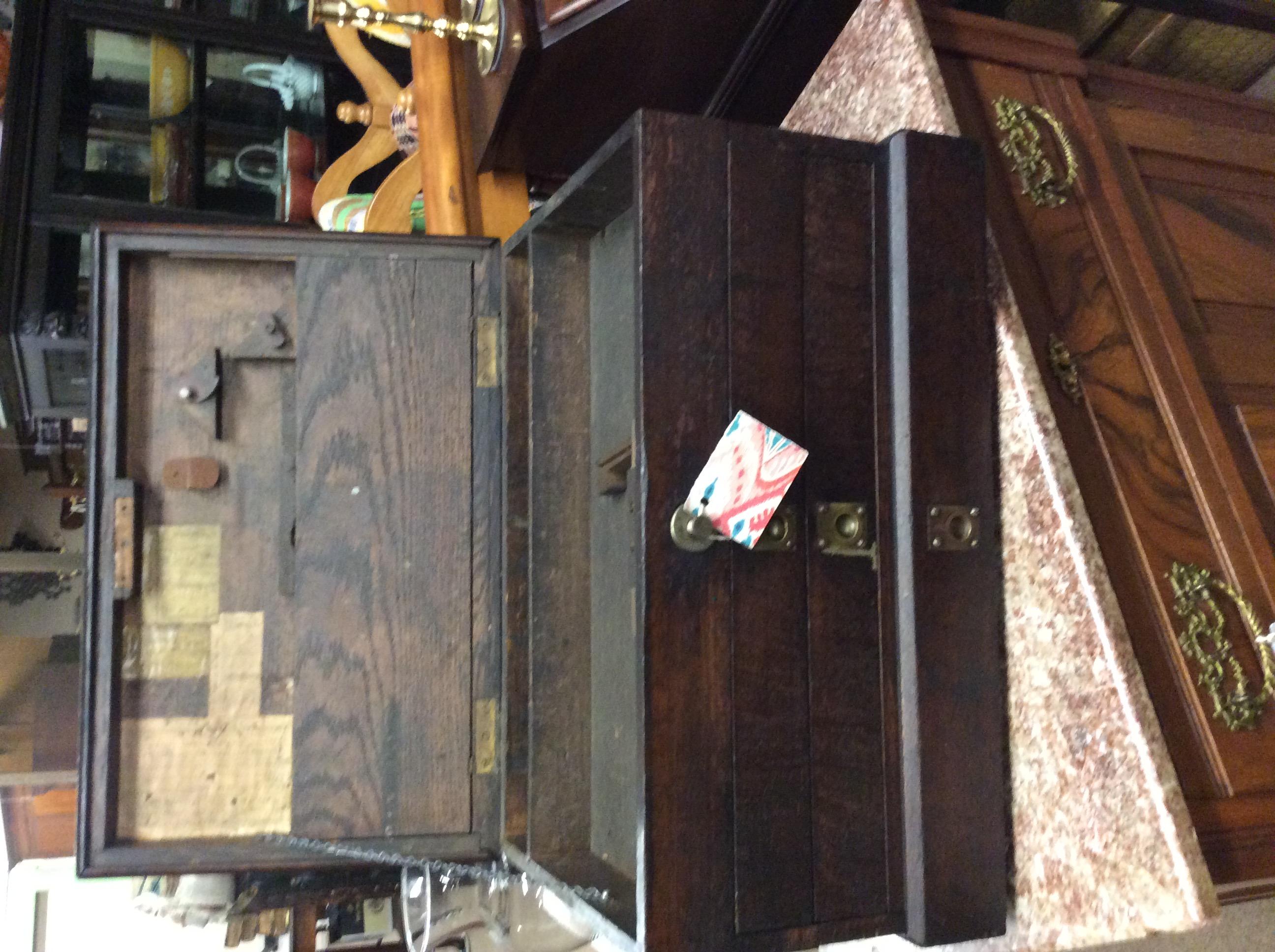 Oak tool box