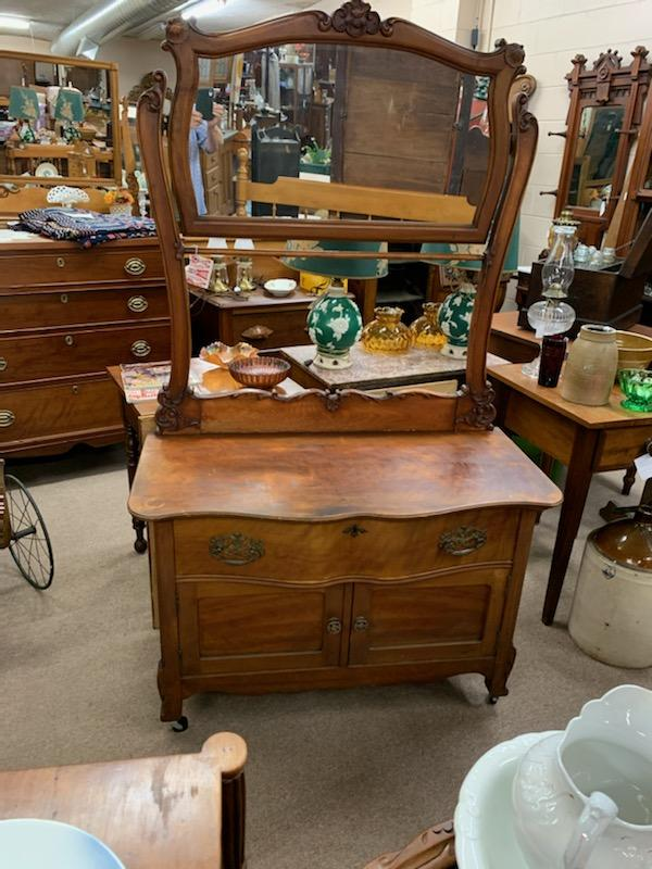 Washstand with mirror