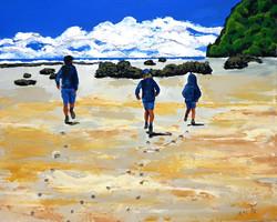 אנו יוצרים טביעות רגל  בחול, אך ים הזיכר