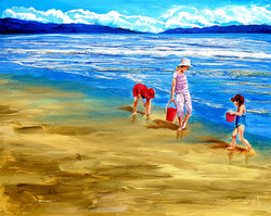 Children have their play on the seashore
