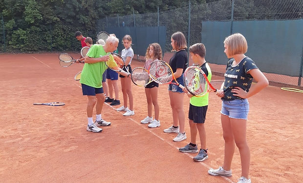 tennisles bierbeek .jpg