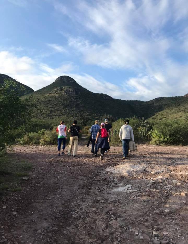 Hiking a Cerro El Pilón