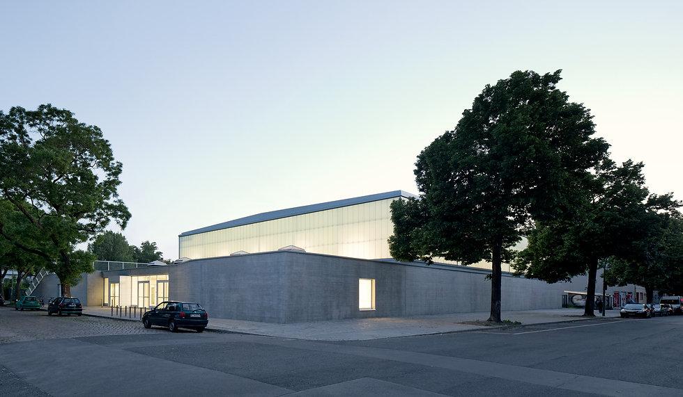 plus4930 Architektur - Quartiersporthalle Campus Rütli - Florian Geddert, Johannes Sierig, Rene Krüger